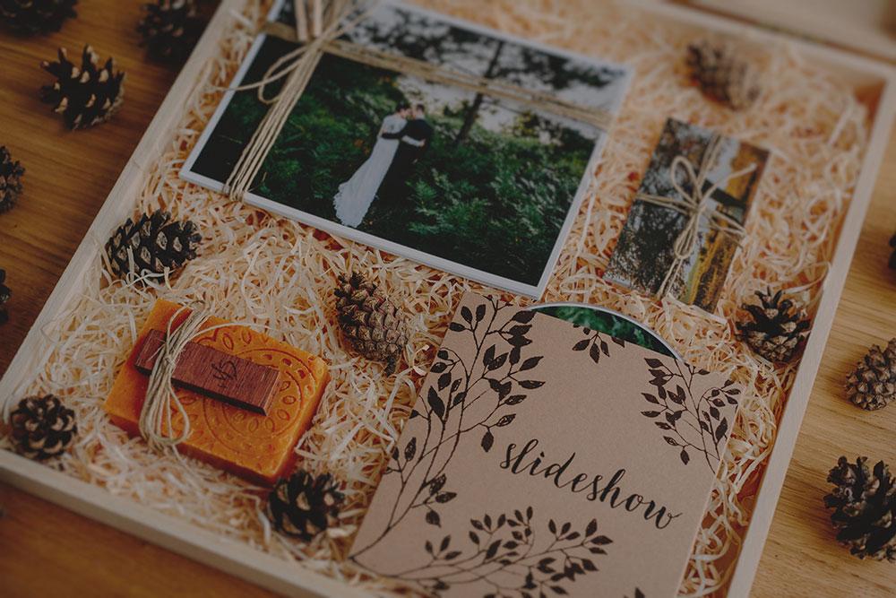 albumy ślubne drewniane pudełko